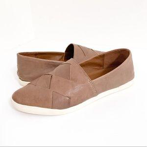Frye Liz Woven Slip On Leather Sneaker in Gray 6.5